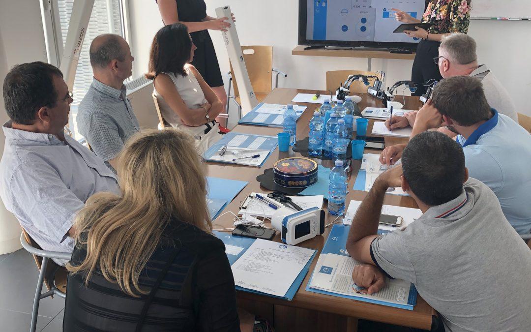 Distributors training